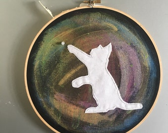 Space Kitty (white) - hand drawn and embroidered wall hanging / hoop art with a flickering LED