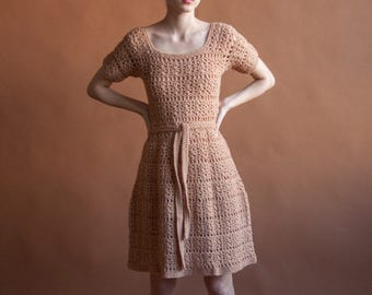 60s dusty pink crochet knit dress / belted knit dress / s / 2151d / B4