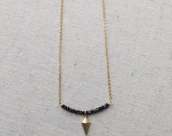 Spike graphite simple necklace