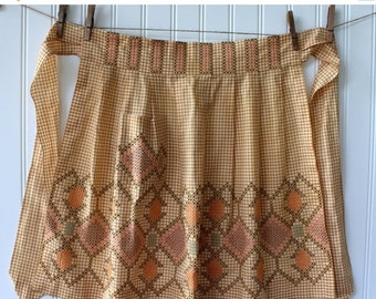 HOLIDAY SALE - Vintage Half Apron - Gold Tan and White Check Gingham with Beautiful Cross Stitch Detail - L Xl