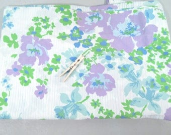 Vintage full flat sheet, double flat sheet, 1960s flower sheets, floral sheets, mid century modern, lavender aqua blue green floral print