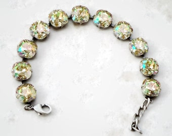 Awesome Swarovski  crystal 12mm fancy square bracelet antique silver plated setting,luminous green