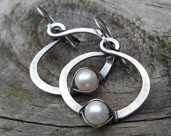20% OFF Sale Fresh water pearl sterling silver hoop dangle earrings