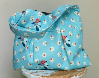 Robins Egg Blue Floral Purse  - - 3 Pockets - Key Fob - - Medium Size