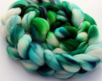 3.95 oz Superwash Blue Faced Leicester Combed Top, Roving, BFL spinning fiber, Wool Roving, Wool Top, Handdyed Top
