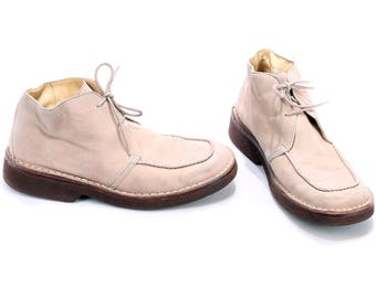 CHUKKA Boots Men's 80s Beige Suede Leather Mens Vintage Ankle DISTRESSED Faded Booties Square Toe Hugo Boss Boot sz US men 9, Uk 8.5, Eur 43