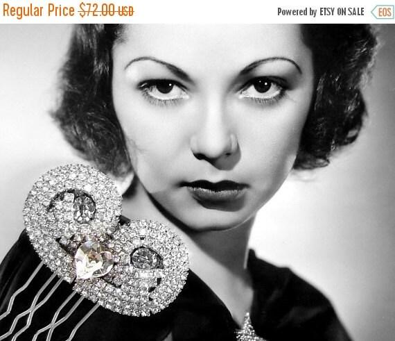 20% SALE Jeweled Wedding Hair Comb Rhinestone Art Deco Hairpiece Heart Bridal Headpiece Formal 1920s Downton Abbey Great Gatsby Bride Vintag