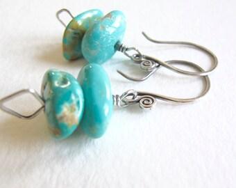Kingman Mine Arizona Turquoise & Sterling Silver Drop Earrings