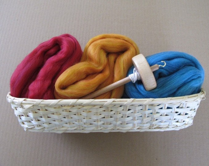 Learn to Spin Gift Basket - Cardinal, Ginger and Cyan / Spinning Gift Basket with Colorful Wool
