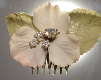 Silk Flower Hair Comb/Rhinestone Flower Hair Comb/Vintage Rhinestone Hair Comb/Upcycled flower haircomb