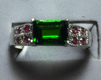 Tsavorite garnet and ruby silver ring