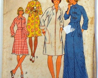 Vintage 1970's Sewing Pattern  Simplicity 8238 Misses' Robes Size 18 & 20 Bust 40-42 Inches  Complete