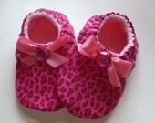 Soft Shoes - Pink Leopard