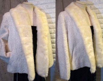 Vintage White Fur Coat vintage faux fur Jacket 70s Vintage Swing Jacket Short Jacket 70s vintage jacket M
