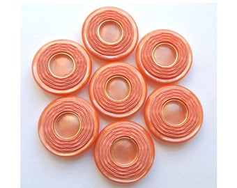 6 Buttons, vintage, pink with imitation of inside thread 28mm
