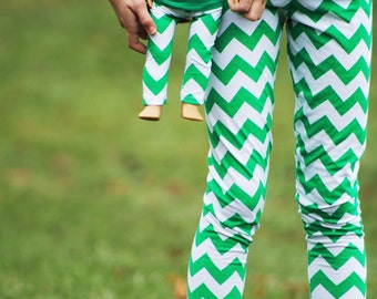 Size 12 SAMPLE SALE - Matching Girl and Doll Clothing fits American Girl Doll - Christmas Kelly Green Chevron Striped Leggings