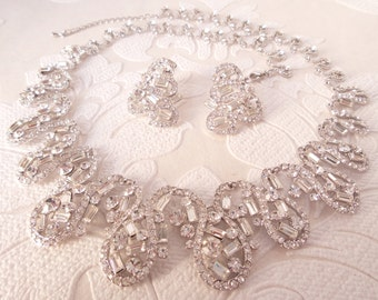Vintage Glamuor Bridal Necklace with Swarovski Crystal for 1920s Art Deco Wedding or 80s Prom Jewelry OOAK