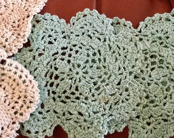 Doilies, White, Green and Ivory, 10 Pieces, 5 inches in diameter
