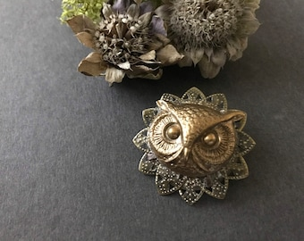 Owl Brooch, Owl Pin, Woodland Animal, Woodland Owl, Forest Animal Brooch, Sweater Pin, Shawl Pin, Vintage Inspired, Owl Head, Antique Brass