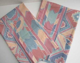 Pair Vintage 1980's Percale Pillowcases, Southwestern Style  Design w Earth Color Tones, Vintage Bedding, Vintage Pillowcases,