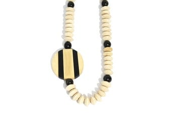 1980s Funky Geometric Wooden Beads Necklace