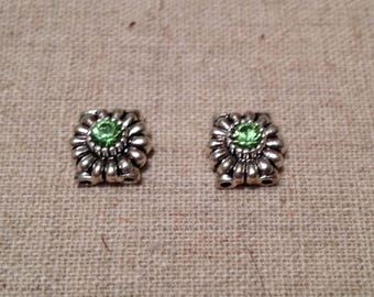 Sterling Silver Spacer with Peridot Swarovski Crystal / 2 Hole / 10mm x 10mm