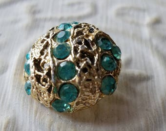 Vintage Button- 1 medium size matching domed design , silver metal, with aqua marine  rhinestones,  (apr 47 17 )
