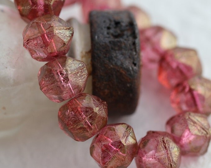 RASPBERRY NUGGETS .. 10 Picasso Czech Glass English Cut Beads 10mm (5661-10)