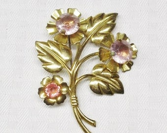 1940s Vintage Large Gold Tone Flower Brooch with Purple and Pink Rhinestones