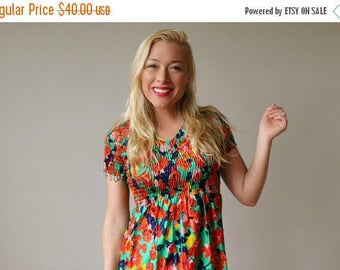 25% OFF SALE 1970s Floral Babydoll Dress~Size Extra Small (00/0/2)