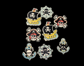 Pirate Buttons, Skull Buttons, Crossbones Buttons, Pirate Flag Buttons, Cosplay Buttons, Halloween Buttons, Adventure Buttons, Sewing Notion