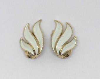 White and Gold Clip On Tirfari Earrings