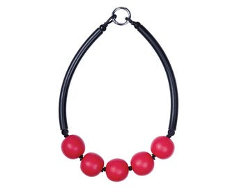 black and red chunky necklace,  bold statement jewellery,Frank Ideas designed,