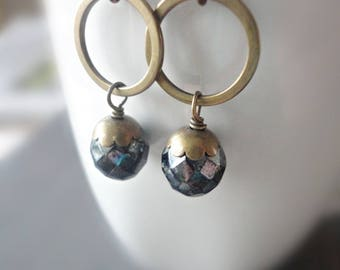 Crystal Drop Earrings, Brass Circle, Vintage Bead, Black Crystal, Brass Jewelry, Dangle Earrings, Drop Earrings, Simple, Petite Earrings