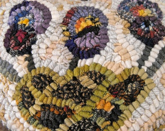 Flower Hearts PDF pattern set for rug hooking//pansy//roses//wildflowers
