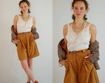 sale 25% off Vintage 80s Tan Brown Suede Leather High Waist Culotte Short (29 waist)