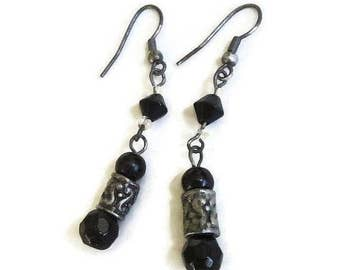 Black Crystals Dangle Earrings Vintage