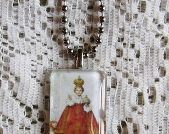 "Infant of Prague Glass Pendant Necklace on 18"" Chain"