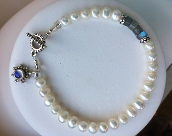 Bracelet — Freshwater Pearls, Heishi Style Labrodorite, Sterling and Labrodorite Flower Charm