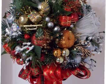 Kissing Ball Christmas Ball Holiday Ball Decorating Ornament  Tree Topper Trumpet Holiday Fruit