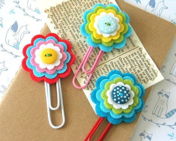 Pretty Felt Flower Daily Planner Clips / Handmade Flower Clips