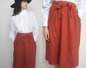 my serious skirt -- vintage 70s tie-front detail skirt with pockets S