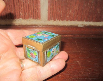 Vintage 1920s Little Enameled Brass Chinese Cloisonne' Stamp Box