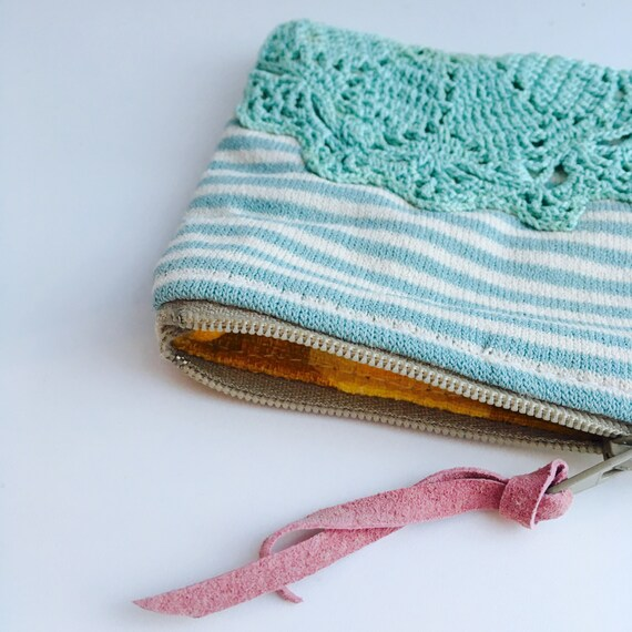 Blue stripy vintage crochet coin purse