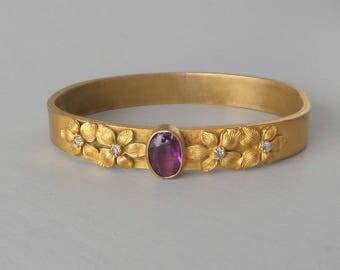 Art Nouvea Bangle. Gilt Brass, Brilliants, and Glass. Purple.