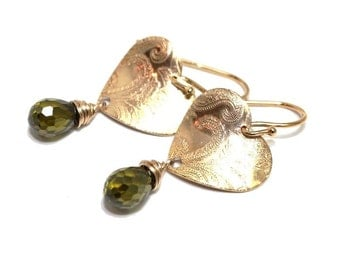 NEW! Gold Vermeil heart moss green quartz earrings,boho,elegant,stylish,exclusive,handmade,great gift,dangle,green,dangle - free shipping