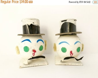 SALE 30% OFF CHRISTMAS Pair Vintage Snowmen Heads Christmas Ornaments Paper Mache