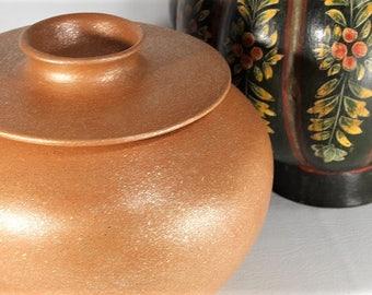 Handcoiled 4.5 qt. Bean Pot, Clay Soup Pot, Micaceous Clay Pot, Ceramics and Pottery, Handbuilt Covered Dish