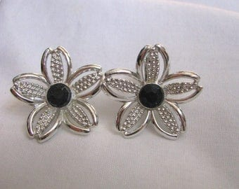 Vintage Black Beauty silver & black clip on clip back flower earrings by Sarah Coventry
