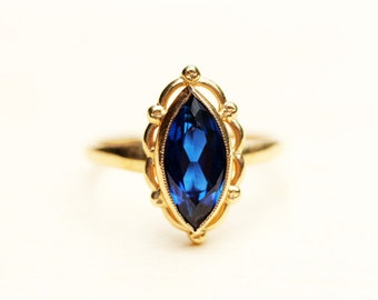 Blue Gold Ring, Gold Marquis Ring, Marquis Ring, Gold Ring, Blue Stone Ring, Gemstone Ring, Vintage Gold Ring, Sapphire Blue Ring, Size 6